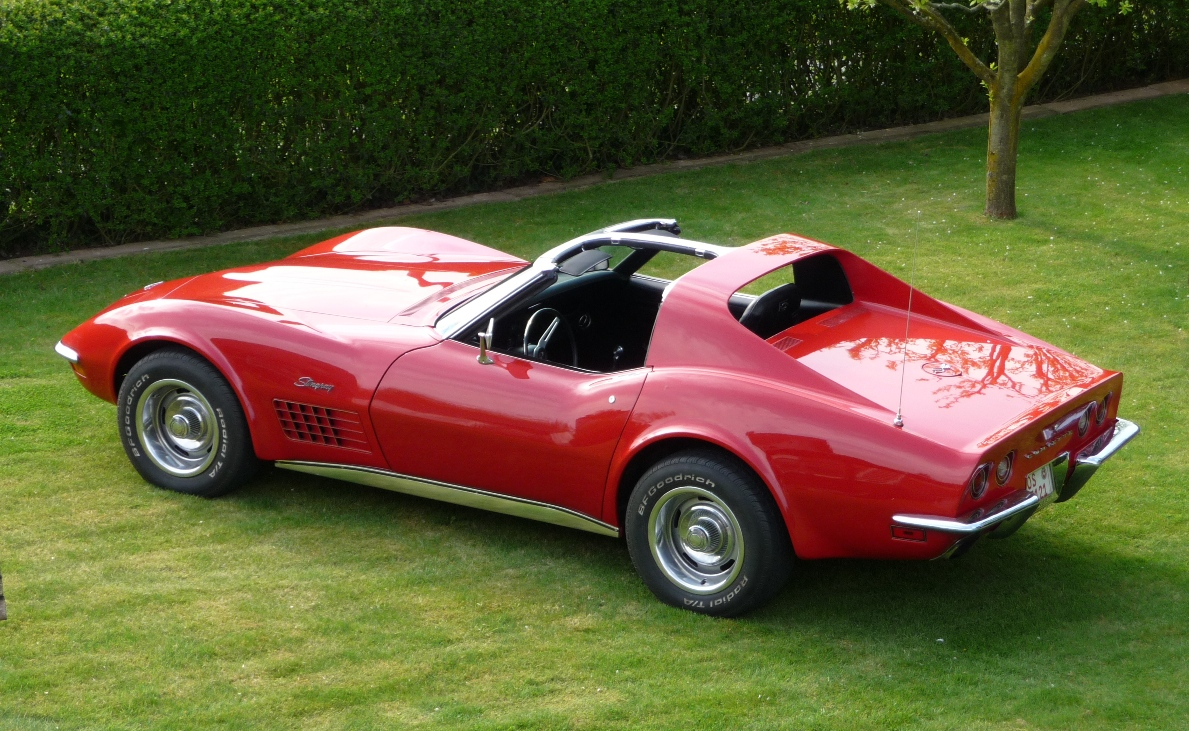 72 corvette t top. Black Bedroom Furniture Sets. Home Design Ideas